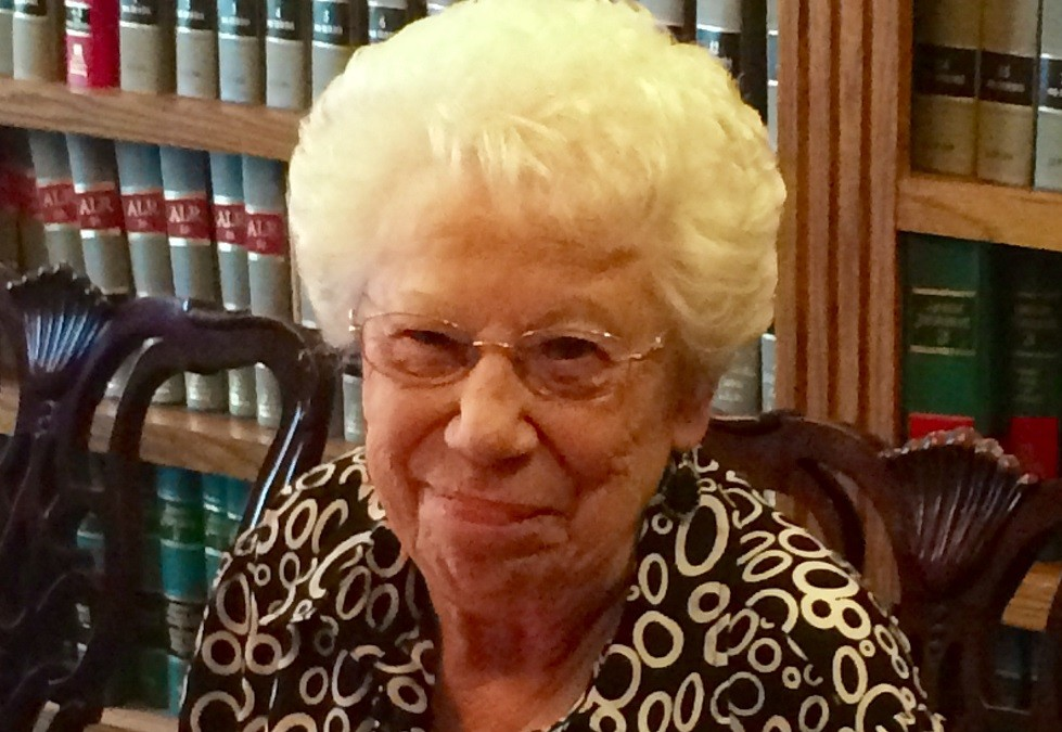 Long-Time Paralegal Pat Hodges Retires